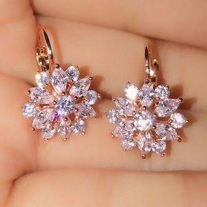 ROSE GOLD DAZZLING DIAMOND FLOWER DROP EARRINGS